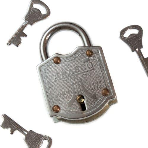 Puzzleportal Trick Lock 3 keys