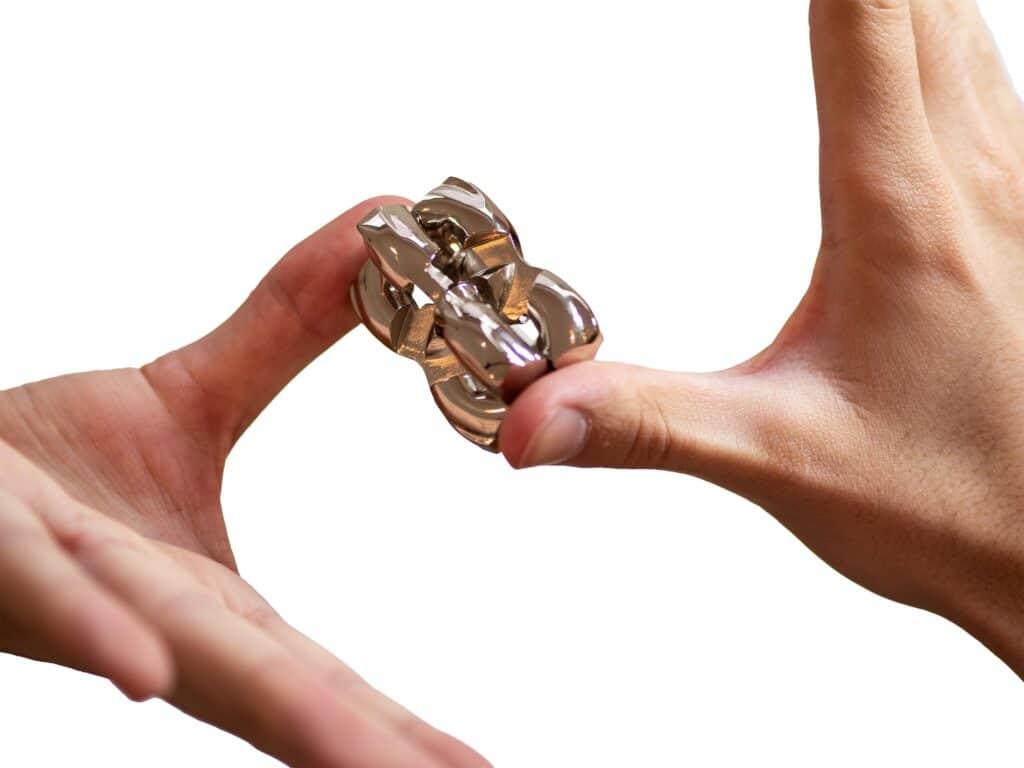 Puzzleportal Cast HH Hand medium